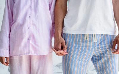 夏のお泊りデートに最適なルームウェアコーデ�C:シャツパジャマ×キャミソール
